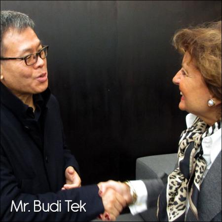 Mr. Budi tek, Yuz Museum, Shanghai 2014.